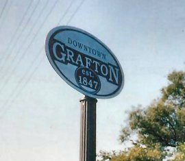Fluted Pole with Grafton Town Sign